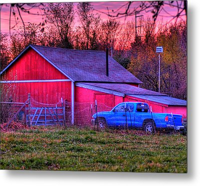 Jeff's Barn Metal Print by Don Wolf