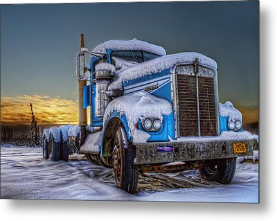 Kenworth Waiting For Summer Metal Print by Thomas Payer