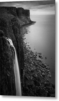 Kilt Rock Waterfall Metal Print by Dave Bowman