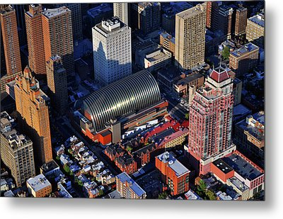 Kimmel Center For The Performing Arts 260 South Broad Street Suite 901 Philadelphia Pa 19102 Metal Print by Duncan Pearson