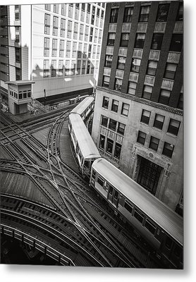 L Train In Chicago Metal Print by James Udall