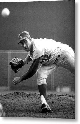 L.a. Dodgers Pitcher Sandy Koufax, 1965 Metal Print by Everett