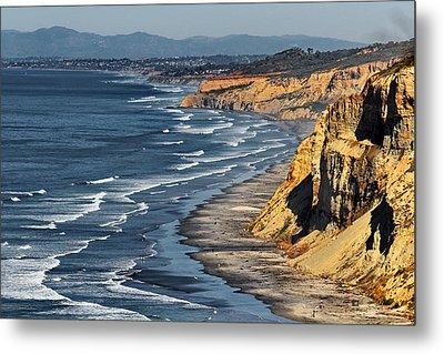 La Jolla Cliffs Over Blacks Metal Print by Russ Harris