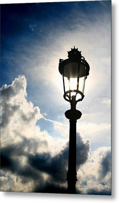 Lamp Post At The Louvre Metal Print by Greg Sharpe