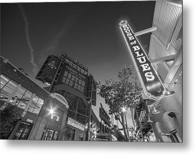 Lansdowne Street Fenway Park House Of Blues Boston Ma Black And White Metal Print by Toby McGuire