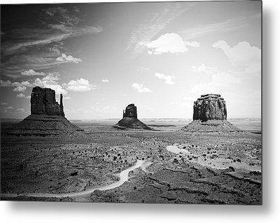 Left And Right Mittens And Merrick Butte Black And White Metal Print by Ryan Kelly