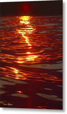 Light Stream - Lake Geneva Wisconsin Metal Print by Bruce Thompson