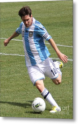 Lionel Messi Kicking Metal Print by Lee Dos Santos