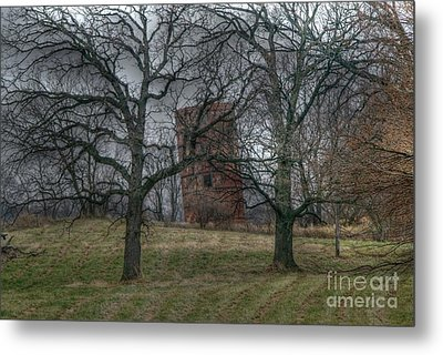 Listing To Port Metal Print by David Bearden
