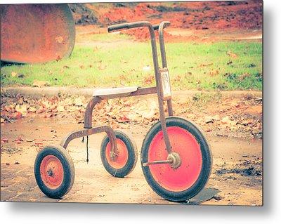 Little Wheels Metal Print by Toni Hopper