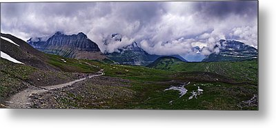 Logans Pass Metal Print by Christopher Lugenbeal