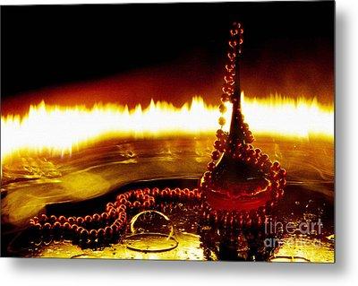 Love Potion  Metal Print by Prar Kulasekara