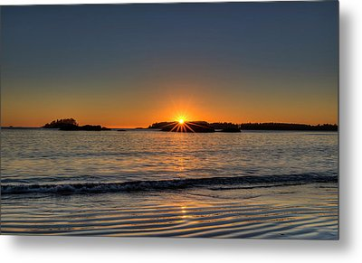 Mackinsie Beach Sun Burst Metal Print by Mark Kiver