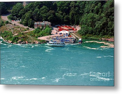 Maid Of The Mist Metal Print by Kathleen Struckle