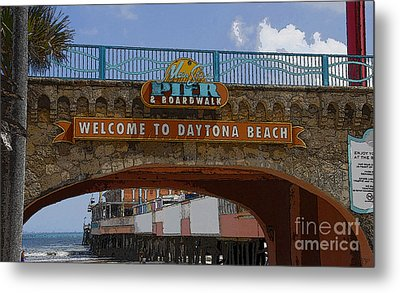 Main Street Pier And Boardwalk Metal Print by David Lee Thompson