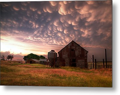 Mammatus Kansas Metal Print by Thomas Zimmerman