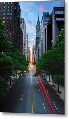 Manhattanhenge From 42nd Street, New York City Metal Print by Andrew C Mace