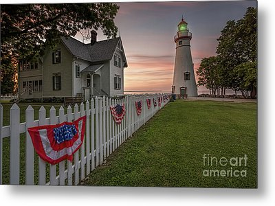 Marblehead Memorial  Metal Print by James Dean