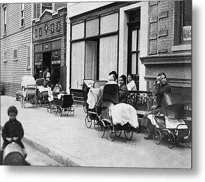 Margaret Sanger Clinic Metal Print by Underwood Archives