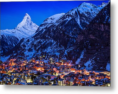 Matterhorn At Night Metal Print by Weerakarn Satitniramai