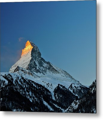 Matterhorn Switzerland Sunrise Metal Print by Maria Swärd