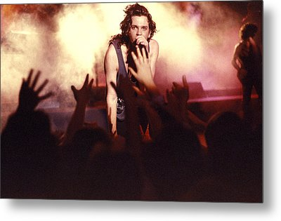 Michael Hutchence And Inxs 1985 Metal Print by Sean Davey