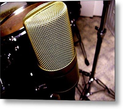 Microphone Metal Print by Michael Grubb