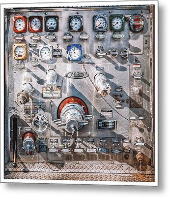 Milwaukee Fire Department Engine 27 Metal Print by Scott Norris