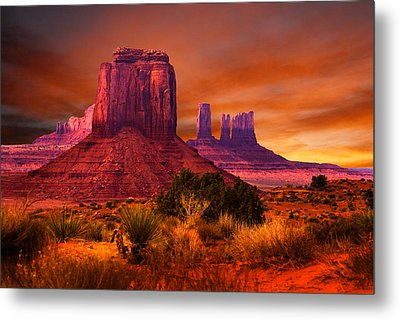 Monument Valley Sunset Metal Print by Harry Spitz