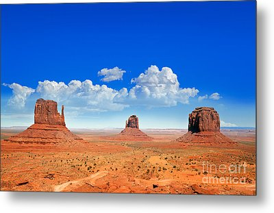 Monument Vally Buttes Metal Print by Jane Rix