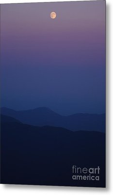 Moonrise - Mount Washington New Hampshire  Metal Print by Erin Paul Donovan
