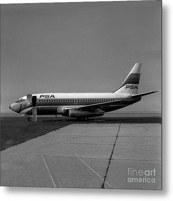 N462gb, Boeing 737-293, Long Beach, California, Lgb Metal Print by Wernher Krutein