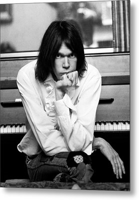 Neil Young 1970 Metal Print by Chris Walter