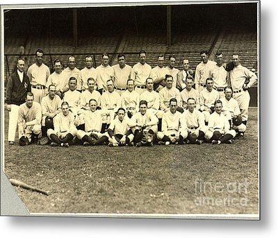 New York Yankees Baseball Team Posed Metal Print by Pg Reproductions