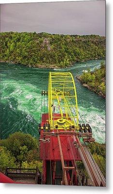 Niagara Cable Car Metal Print by Martin Newman