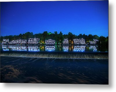 Night In Philadelphia - Boathouse Row Metal Print by Bill Cannon