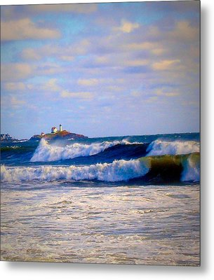 Nubble Lighthouse Metal Print by Anne Sands