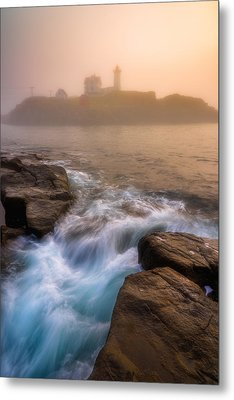 Nubble Morning Fog Metal Print by Darren White