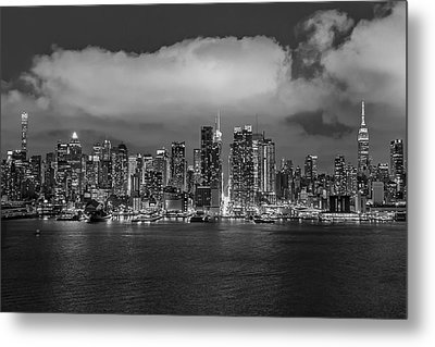 Nyc Skyline At Night Bw Metal Print by Susan Candelario
