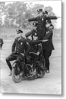 Nypd Motorcycle Stunts Metal Print by Underwood Archives