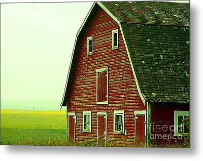 Old Barn Metal Print by Mario Brenes Simon