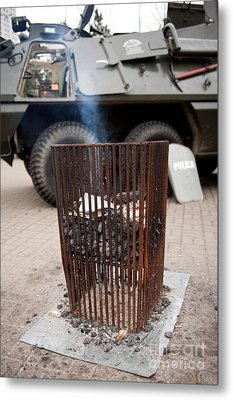 Old Brazier At 32nd Anniversary Metal Print by Arletta Cwalina