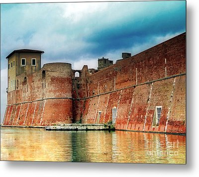 Old Fortress In Livorno Metal Print by Sue Melvin