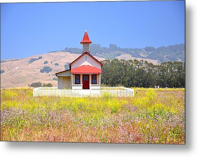 Old School House In A Field Metal Print by C Thomas Cooney