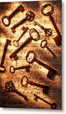 Old Skeleton Keys On Sheet Music Metal Print by Garry Gay