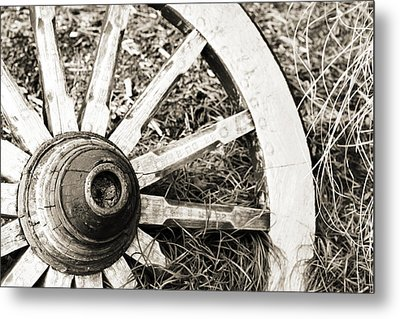 Old Wagon Wheel Metal Print by Marilyn Hunt