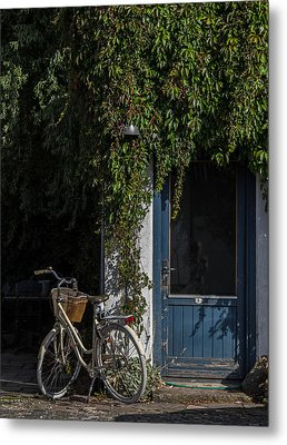Outside Number Five Metal Print by Odd Jeppesen