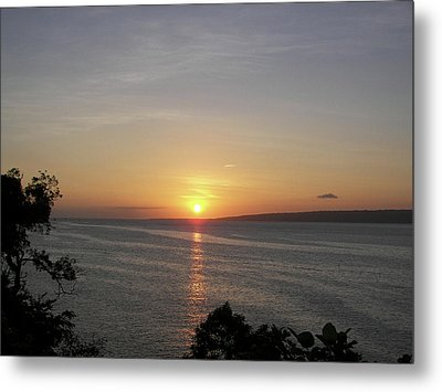 Pacific Island Sunset Metal Print by Kate Farrant