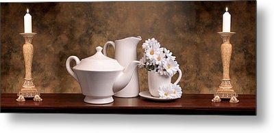 Panoramic Teapot With Daisies Metal Print by Tom Mc Nemar