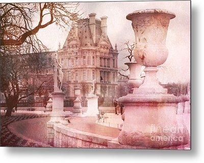 Paris Tuileries Park Garden - Jardin Des Tuileries Garden - Paris Tuileries Louvre Garden Sculpture Metal Print by Kathy Fornal